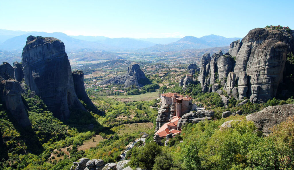 Meteora Day Trip from Neoi Poroi