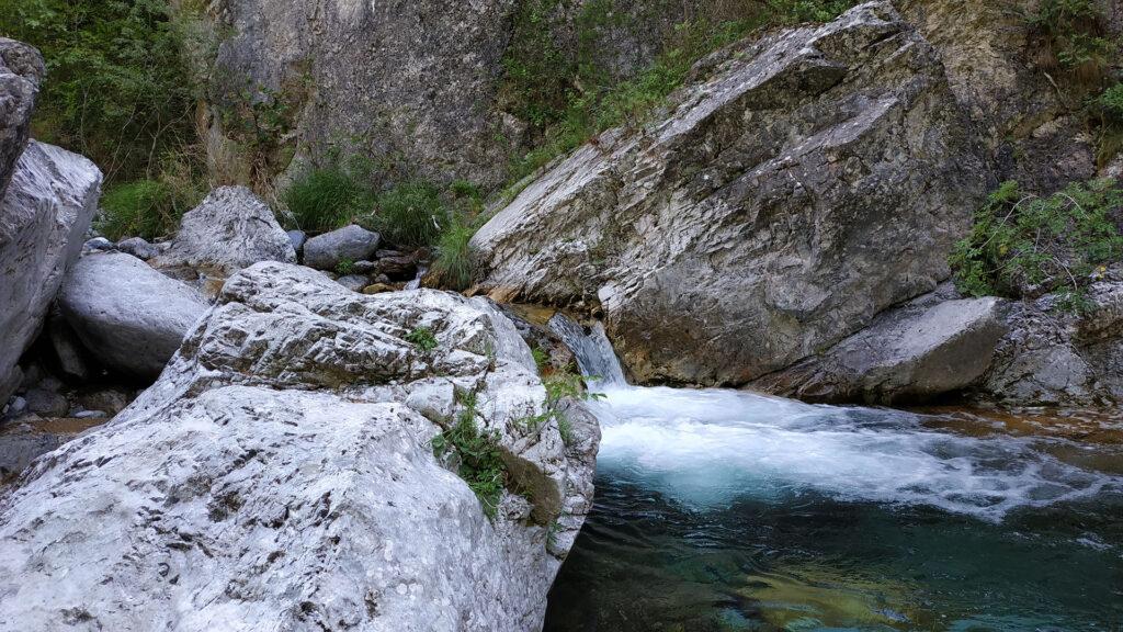 Enipeas Half-day Hiking Tour
